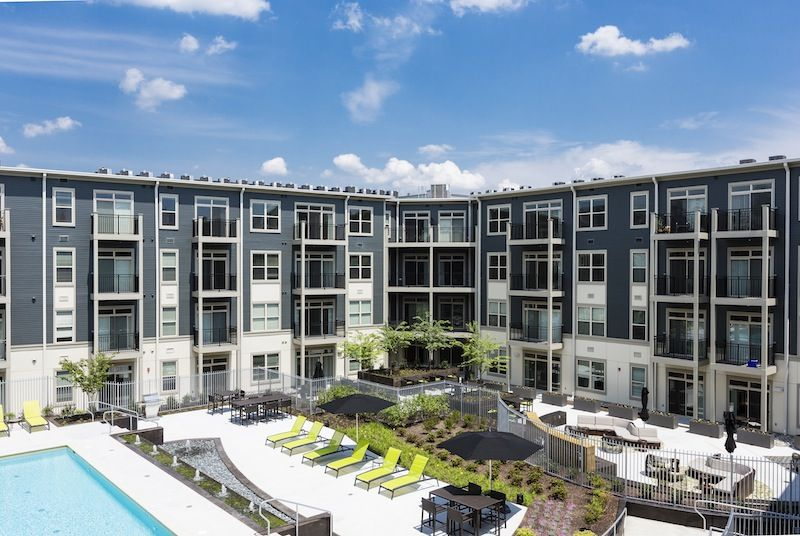 The Citron Apartments In Silver Spring Md Resort Style Pool Pool Lounge Apartment Pool