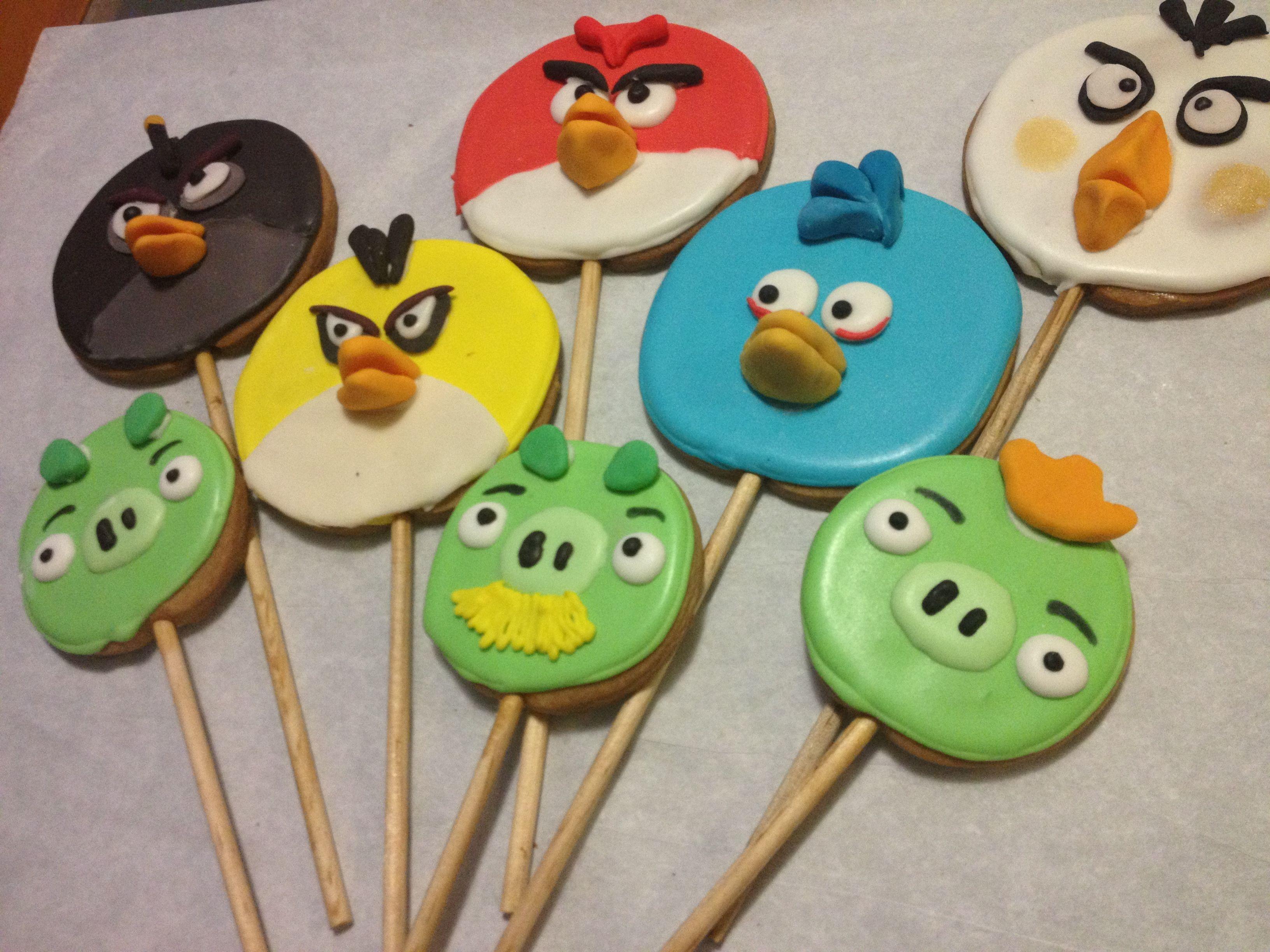 Galletas decoradas Angry Birds icing y fondant by Fiestas de