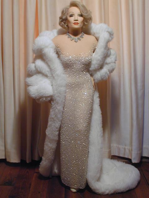 vestido de noiva – Café em Paris