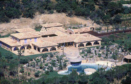 La Lorada - Ex villa de Johnny Hallyday RANCHOS Y VILLAS - cree sa maison en d