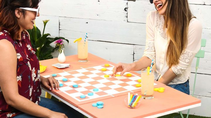 Diy pastel outdoor game table outdoor games game tables and diys diy pastel outdoor game table solutioingenieria