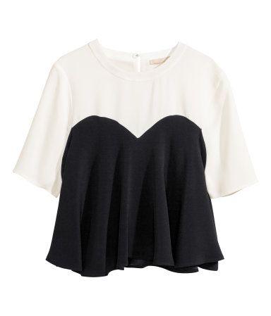 #CAMISETA #VOLANTES @H&M 34.95€ #moda #corazón #tendencia #estilo
