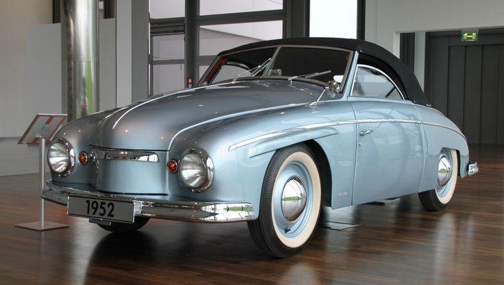 doyoulikevintage:   1952 Volkswagen Rometsch… | The Classic Car Feed –     Cla…