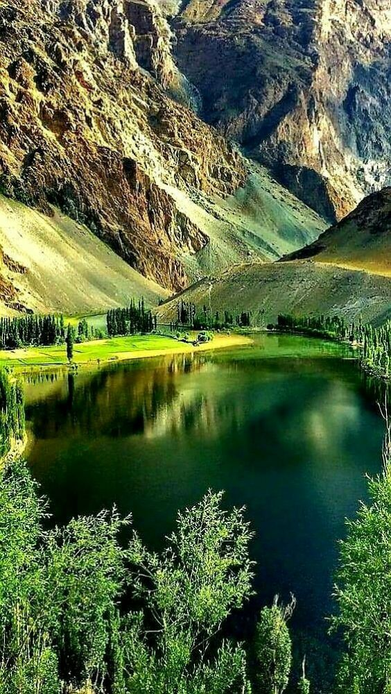 Nice Lake In 2020 Beautiful Nature Pictures Scenery Nature Pictures
