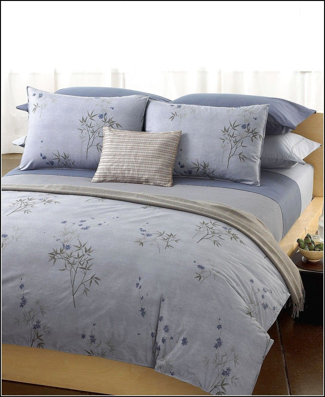 Bedroom Bedding Closeout Calvin Klein Marin Comforter And Duvet Cover Sets And Calvin Klein Bamboo Flowers Throw Pil Calvin Klein Bedding Home King Bed Sheets