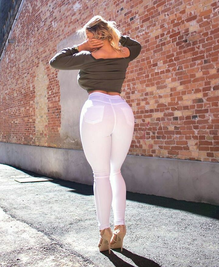 Pin By Reggie Smith On Mia Sands  Sexy Jeans, Girls In -5827