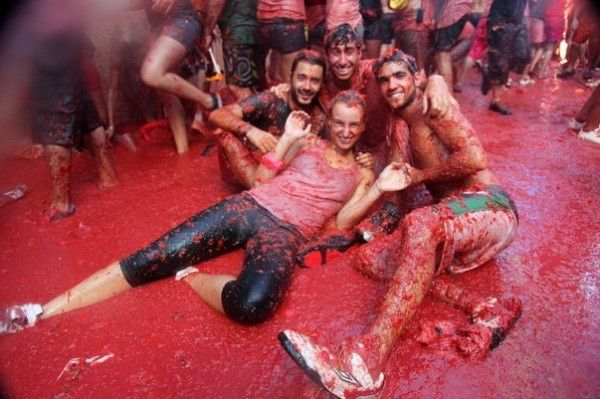 Have lots of Fun at La Tomatina, Spain- Top Places to Visit in August 2014
