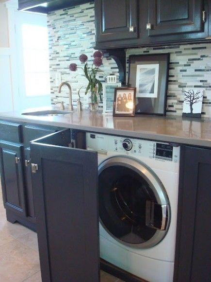 cacher le lave linge dans la cuisine avec une porte rabatante lave linge lave et dans la cuisine. Black Bedroom Furniture Sets. Home Design Ideas