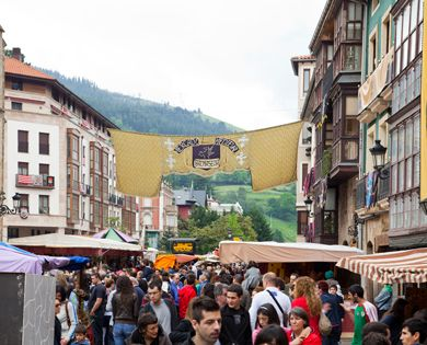 MERCADO MEDIEVAL DE BALMASEDA Medieval, Bilbao y Primavera