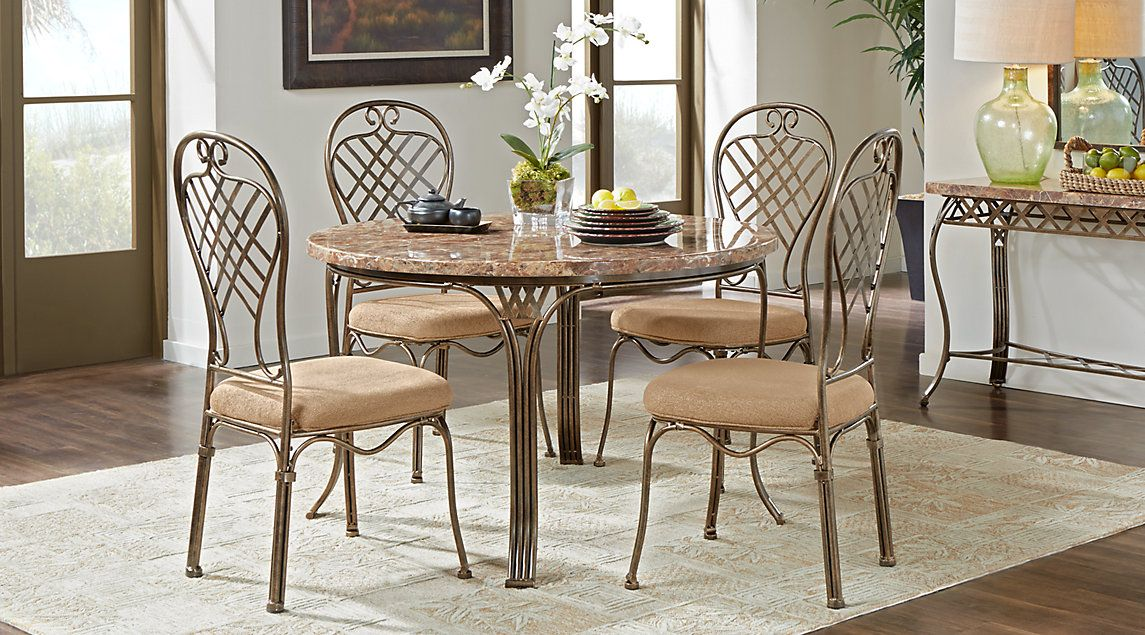 Beautiful And Casual Round Table Setting Table Settings Everyday