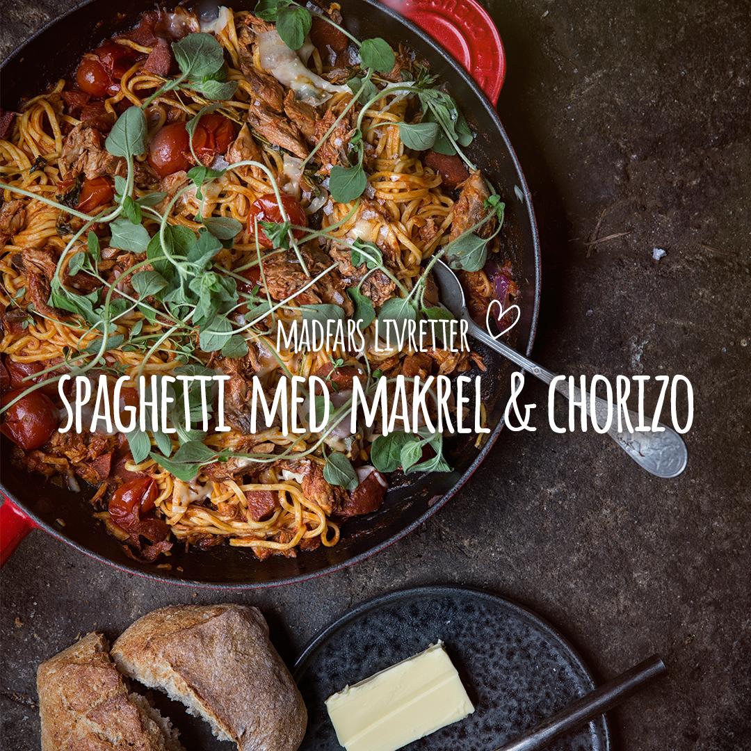 Man skal aldrig undervurdere effekten af chorizo-pølse… Madfars nyeste livret er sprængfyldt med kraft og saft. Små chorizo-tern, hvidløg, cherrytomater og frisk timian. Lad det småsimre i et kvarter og server med revet parmesan og friske oregano. Se opskrift i bio.