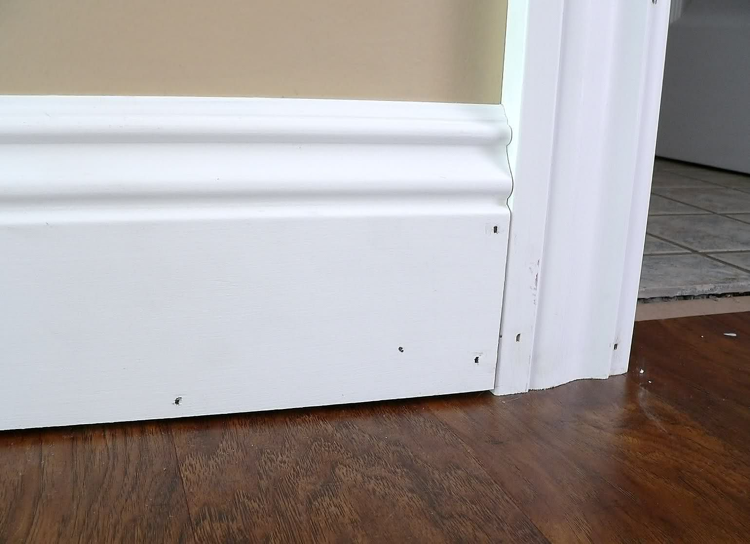 Curved shoe 1540 1116 baseboards and trim for Baseboard and door trim