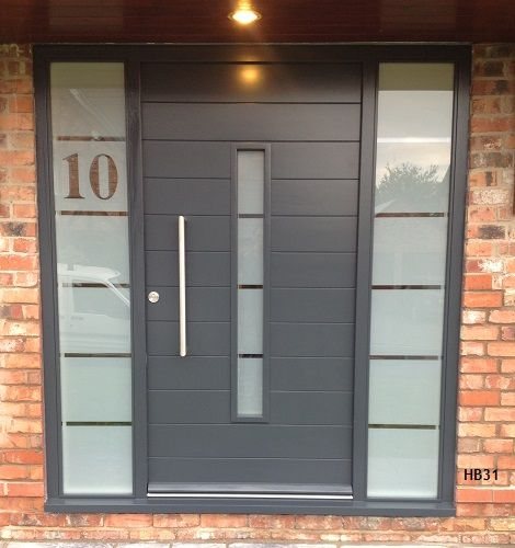 Contemporary oak front doors with frosted sidelights for Sliding door with sidelights