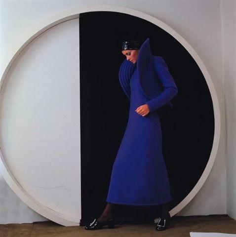 Dress by Pierre Cardin, Photo F.C Gundlach, Paris, 1970