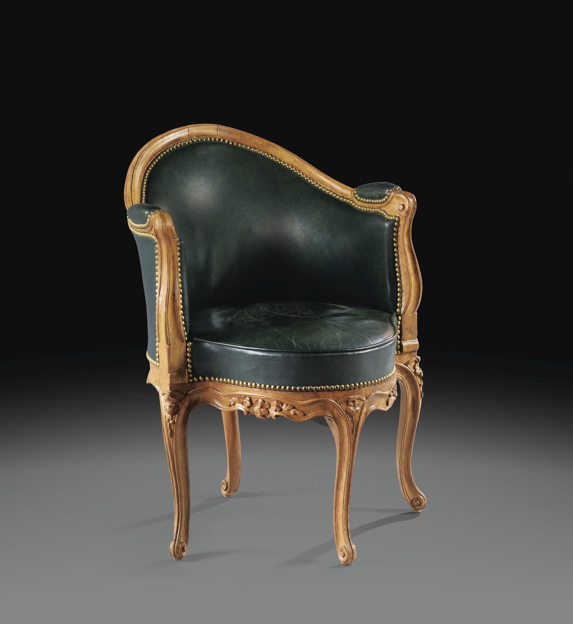 fauteuil de bureau en h tre d 39 poque louis xv estampill. Black Bedroom Furniture Sets. Home Design Ideas