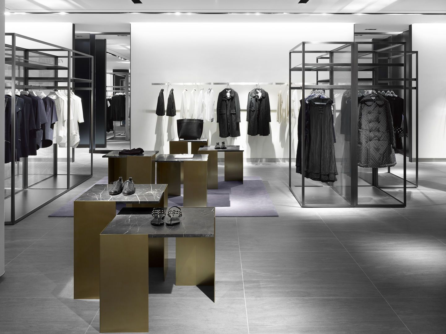 Galleria luxury hall west womens seoul burdifilek for Luxury boutique