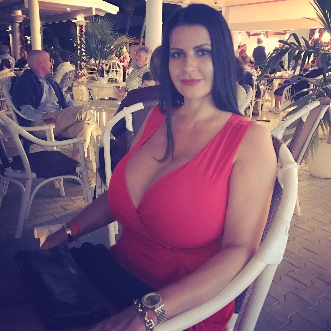 Increíble Vestido De Novia Kim Kardashian West Elaboración ...