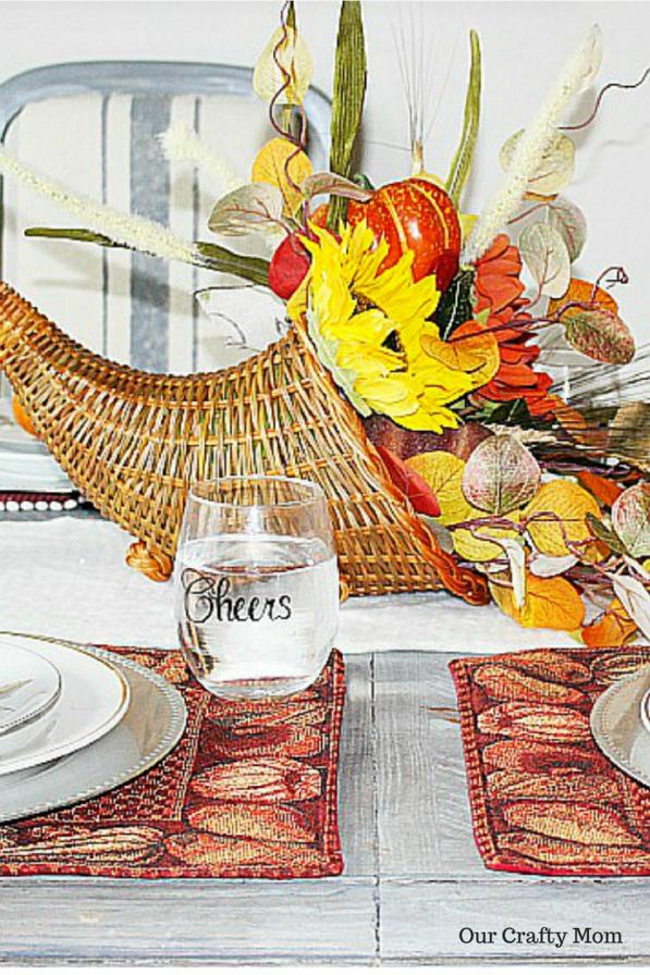 DIY Thanksgiving Cornucopia Easy diy thanksgiving