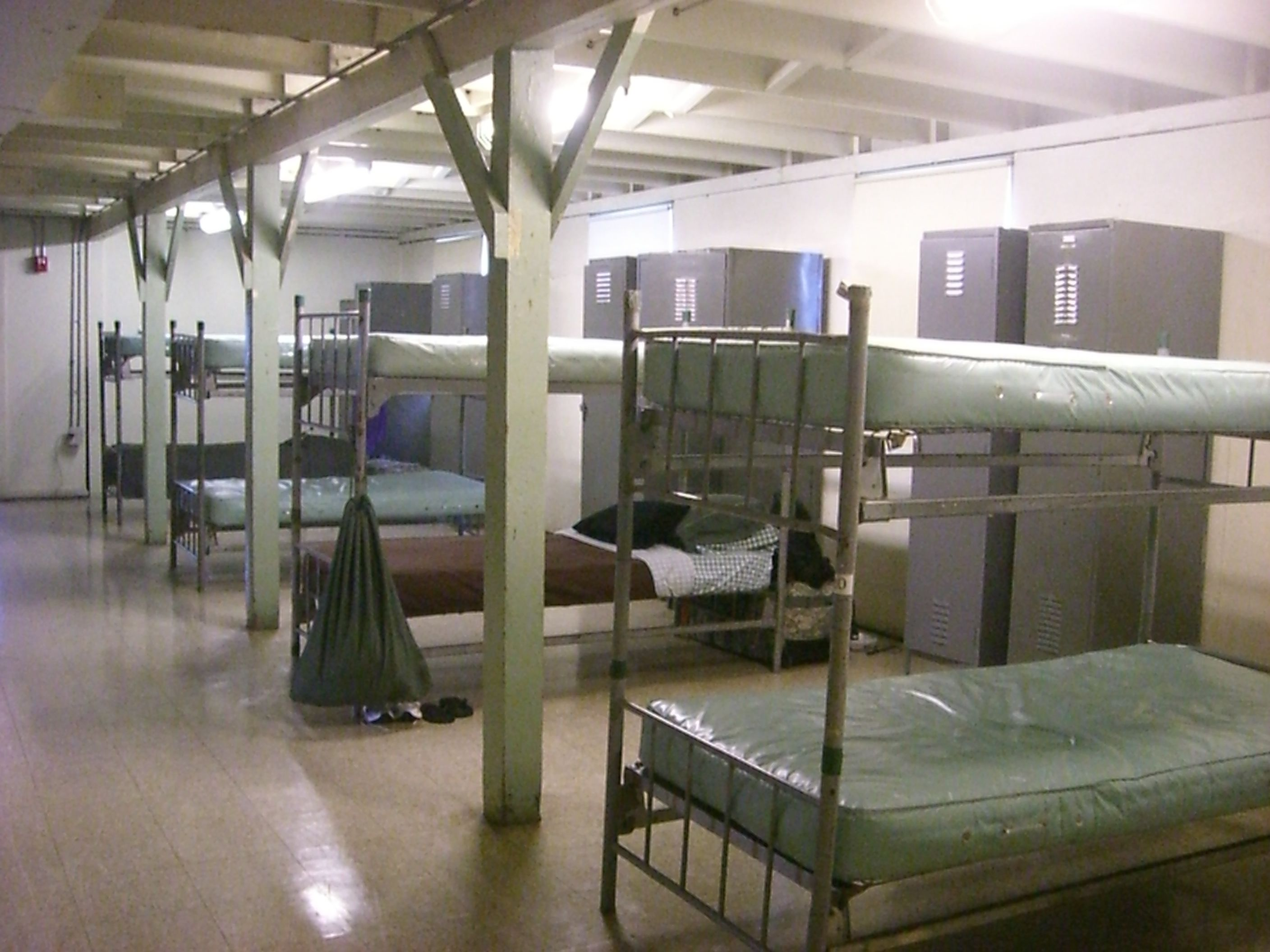 Image Result For Iraq Military Barrack Bunk Bunk Beds
