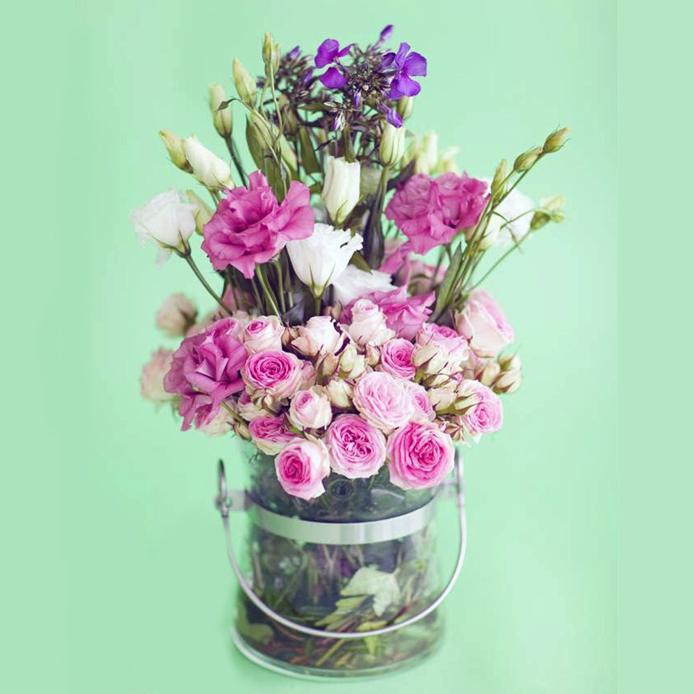 Try Your Hand At Simple Floristry With This Country-Style Bouquet ...