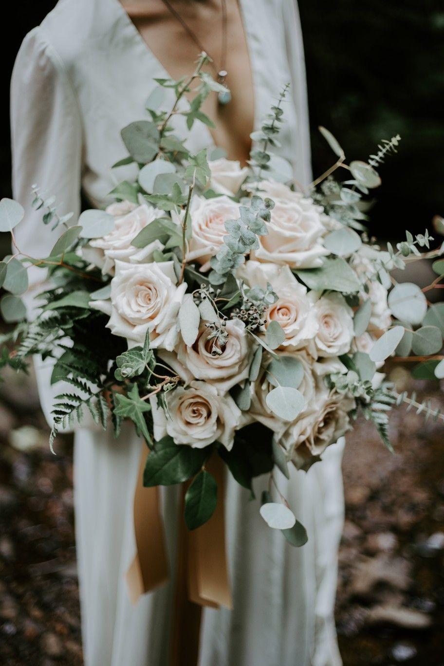 Beautiful Quicksand Blush Roses With Spiral Eucalyptus Seeded Eucalyptus Silver Dollar Euca Purple Bridal Bouquet Blush Bridal Bouquet Flower Bouquet Wedding