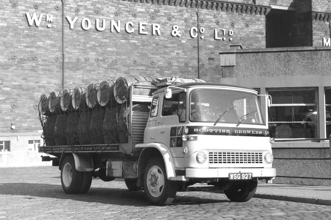 Pin By Boldboy24 On Scottish Trucks Commercial Vehicle Bedford Truck Vintage Trucks