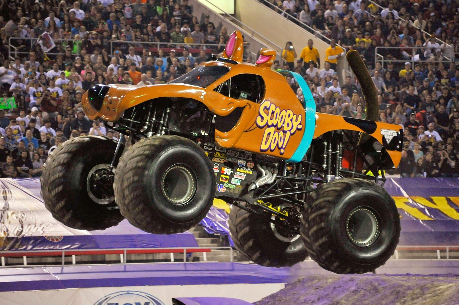 Pictures of monster trucks monster truck drivers jeremy brady and troy garcia on the monster monster jam trucks by sharon fudge pinterest