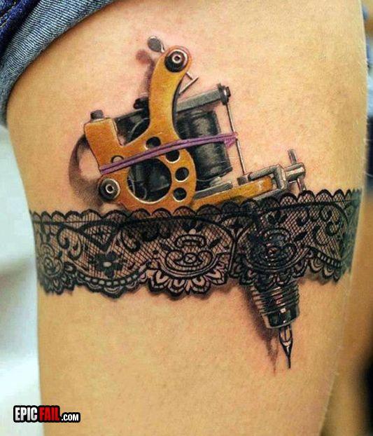 La tatuadora tatuada