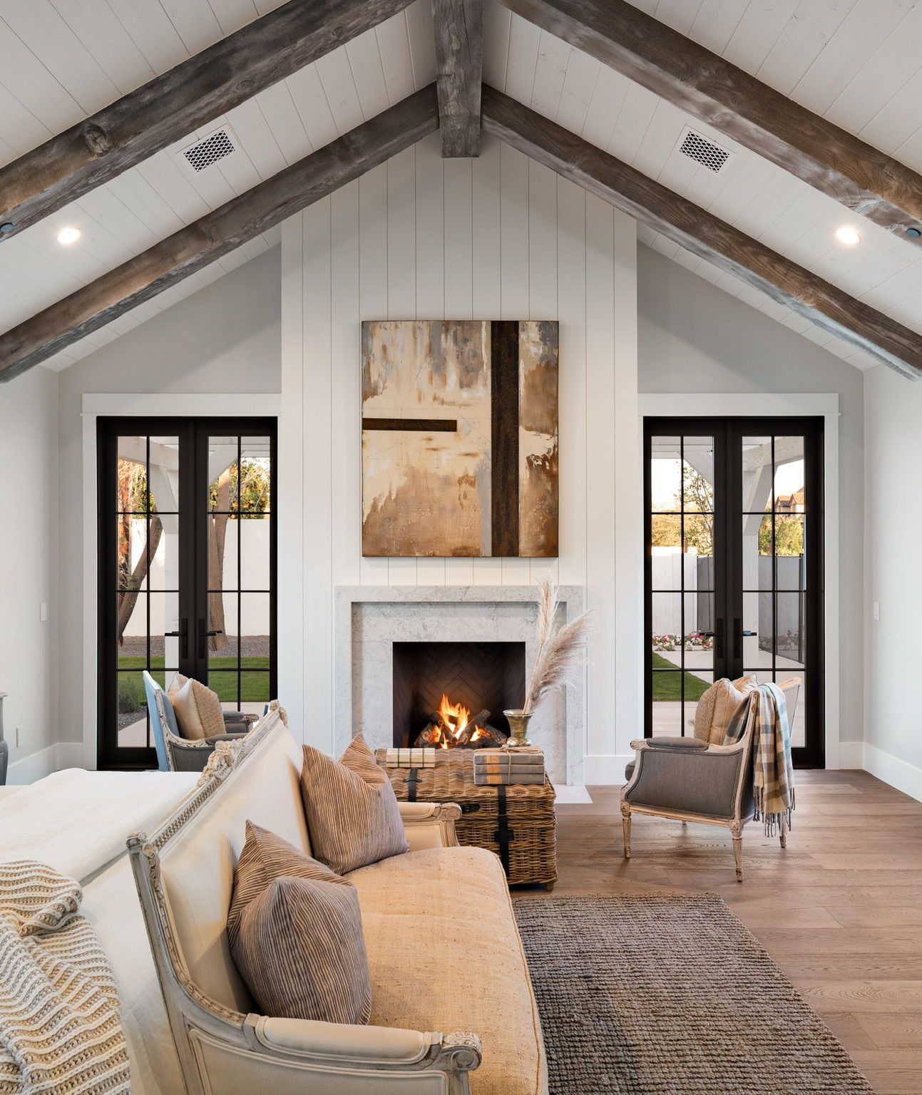 Master Bedroom Ideas Farmhouse Modern All The Cozy Bedroom Vibes With Ship Modern Farmhouse Master Bedroom Modern Farmhouse Bedroom Modern Farmhouse Interiors