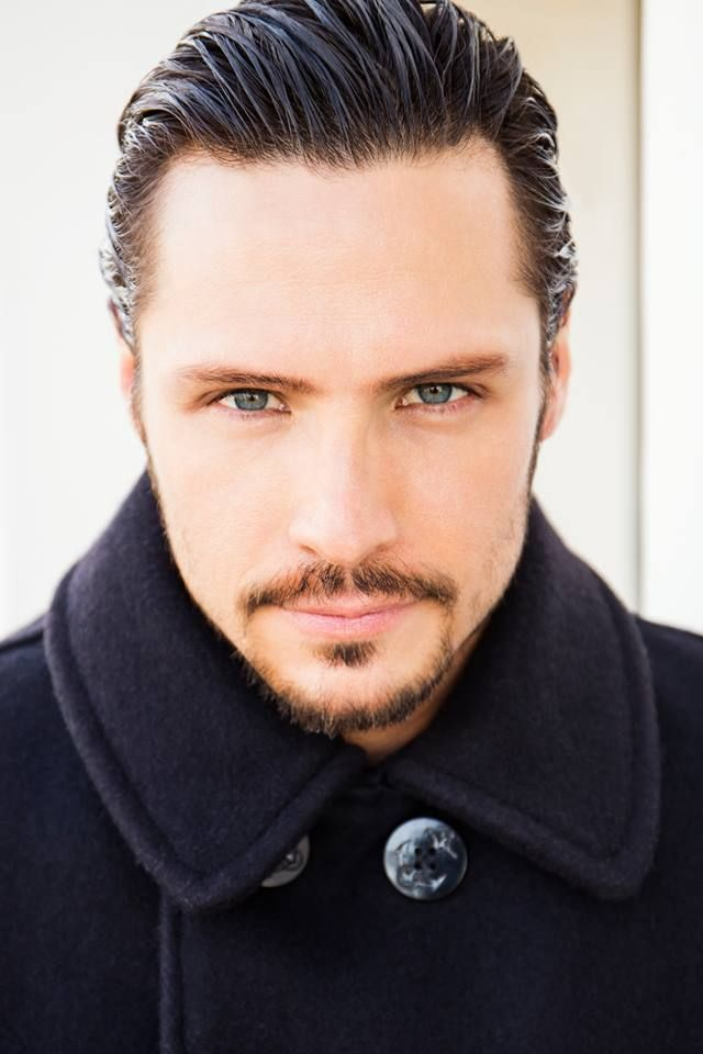 Nick Wechsler - actor (Revenge)