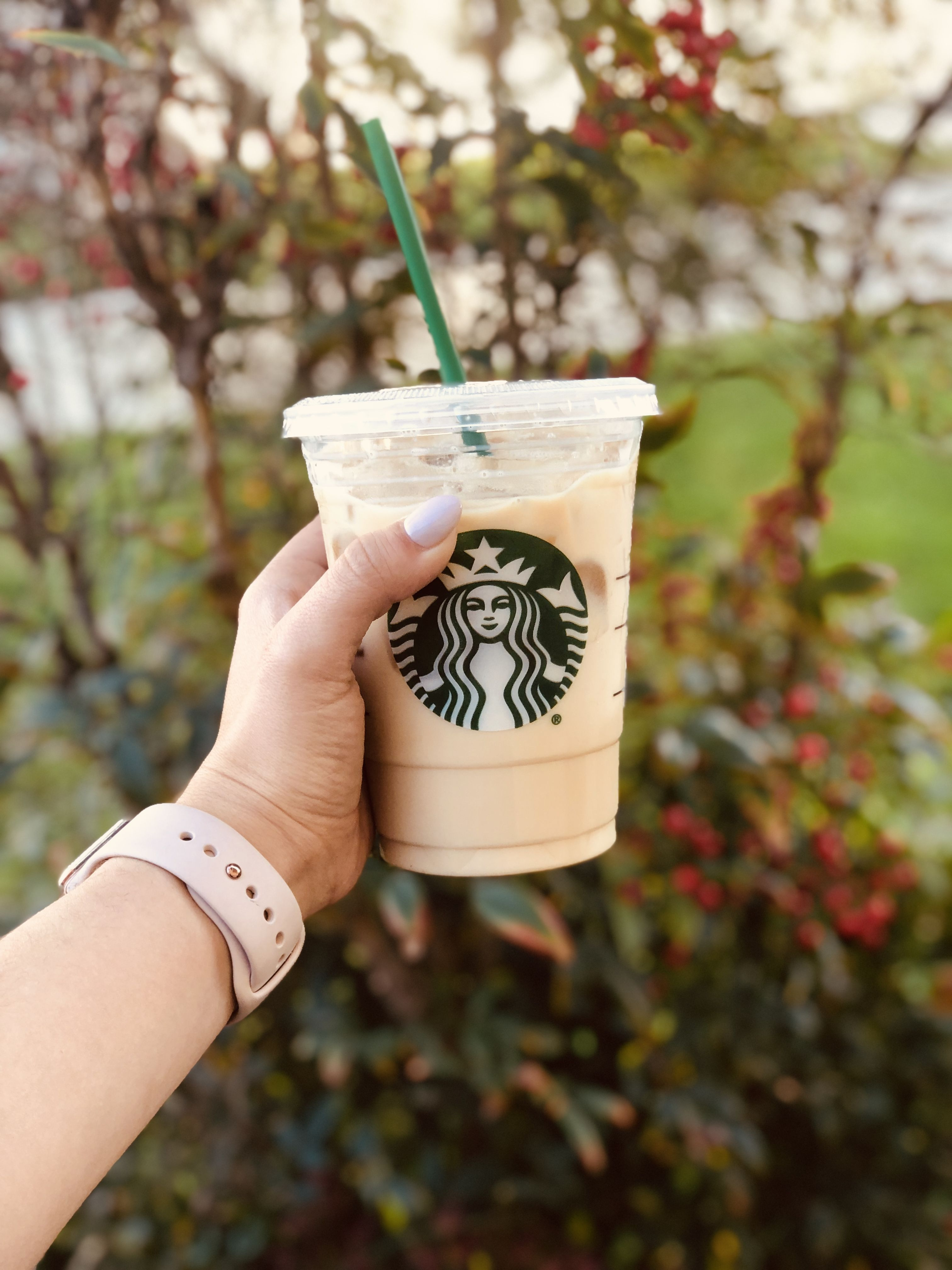 Grande iced chai tea latte starbucks drinks