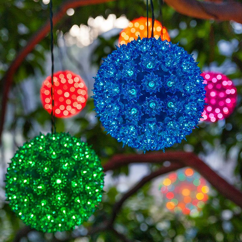 Bright starlight spheres add a pop of color at #Weddings! Perfect way to  incorporate your wedding colors into the decor and add ambient lighting as  well! - Starlight Spheres Party Time Pinterest Christmas, Christmas