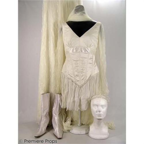 Ella\'s wedding dress from the movie Ella Enchanted | Fashion in film ...