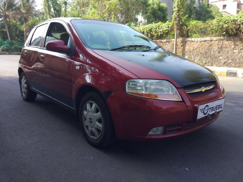 2010 Chevrolet Aveo U Va Lt Front Right Side Angle View With