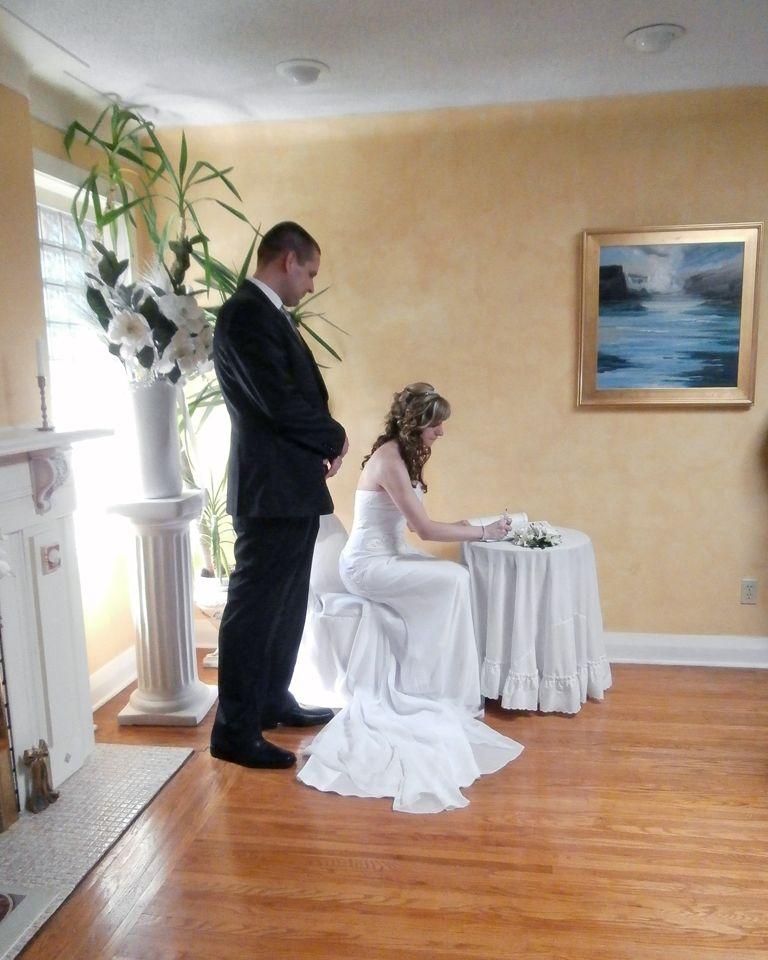 Small Outdoor Wedding Ideas On A Budget: Niagara Falls Chapel Wedding Packages Complete Niagara