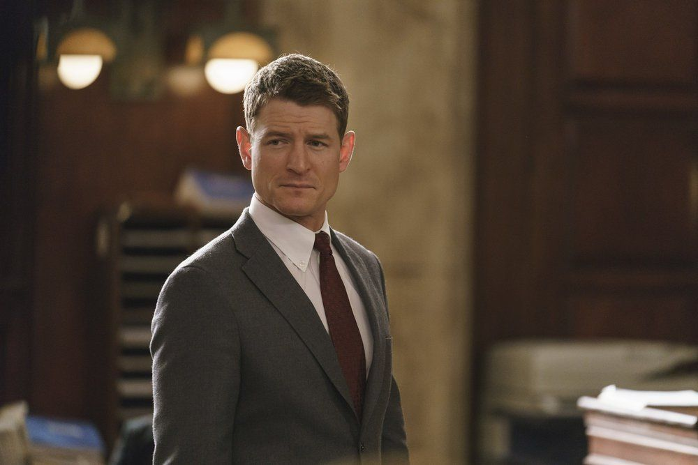 27 Tv Lawyers We Would Hire In A Heartbeat Tell Tale Tv Part 4 Chicago Justice Philip Winchester Chicago