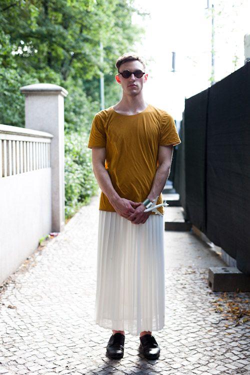 Maxiskirtednation Man In His Vintage Skirt From Berlin Guys In Skirts Men Wearing Skirts Gender Fluid Fashion