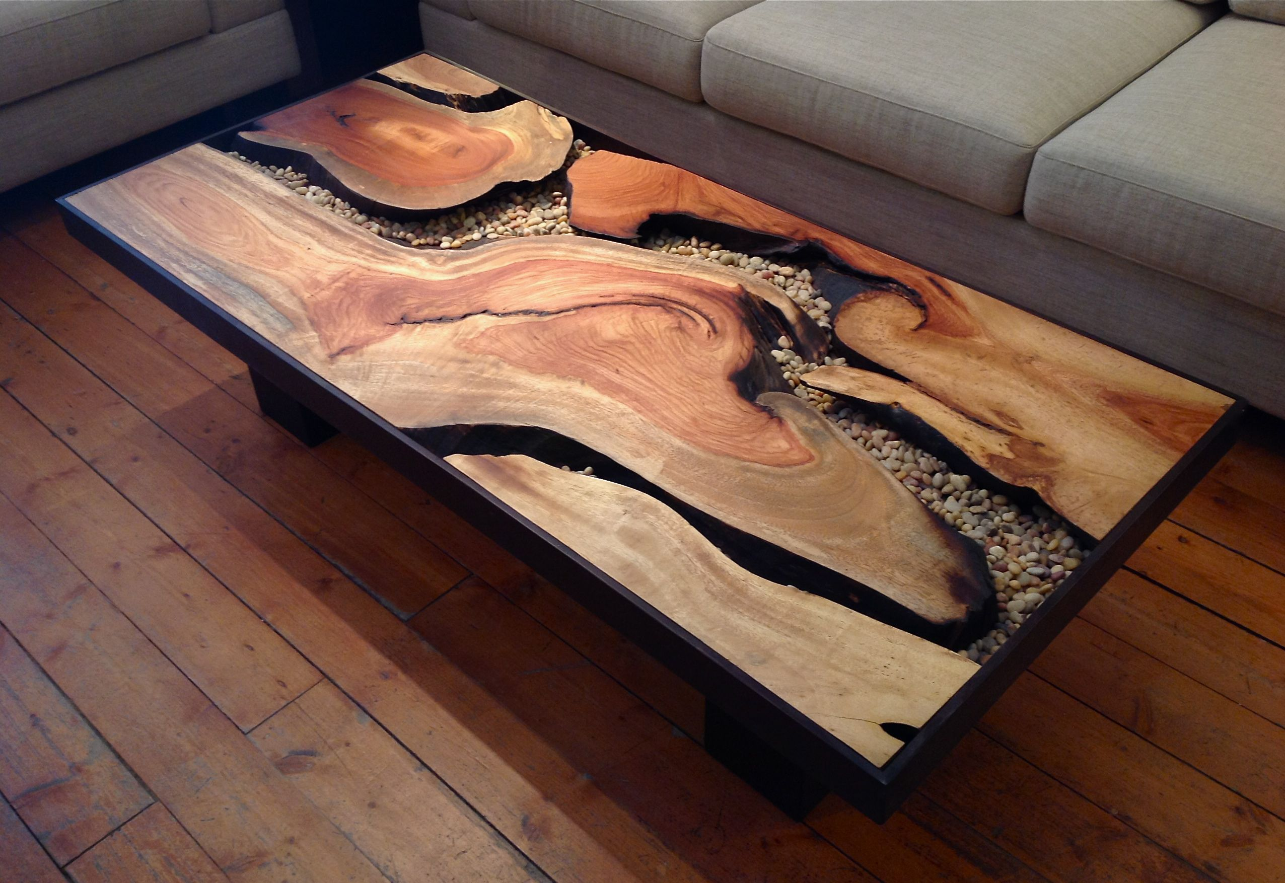 Tree root coffee table sequoia santa fe sequoia santa fe for Stump furniture making