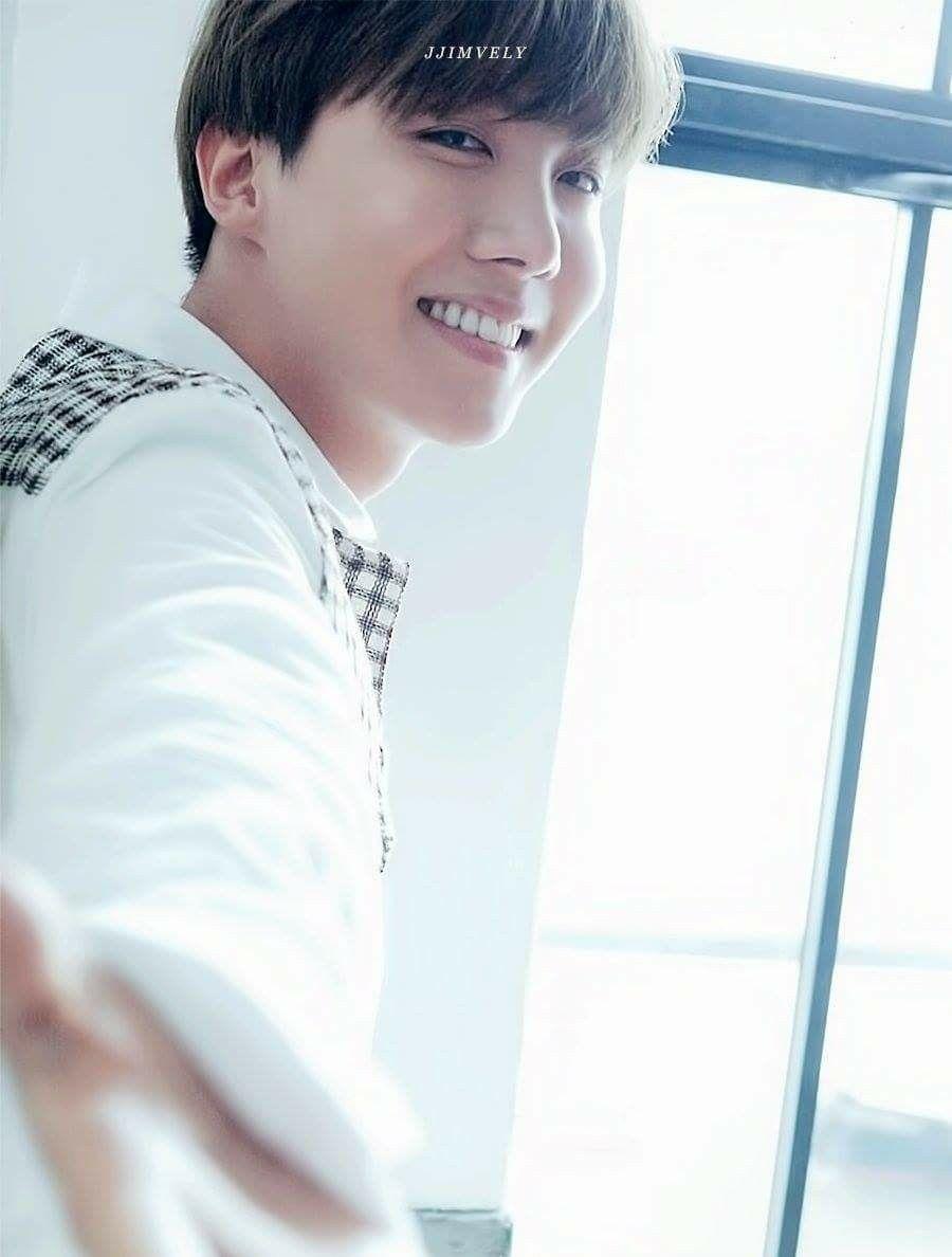 How can I guy be this beautiful   Jung Hoseok || J-Hope || BTS || BANGTAN BOYS