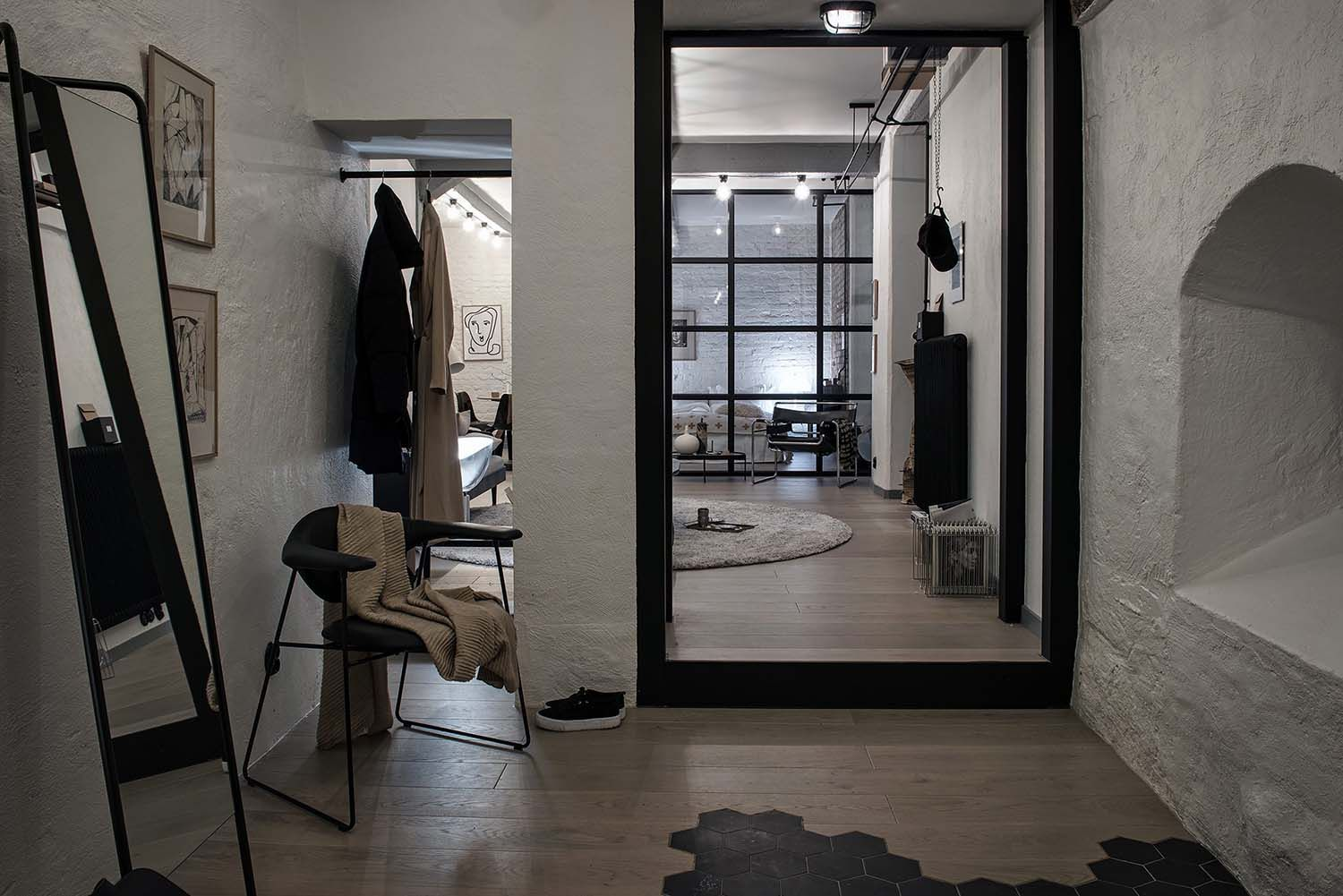 Compact yet bright and airy warehouse style apartment in