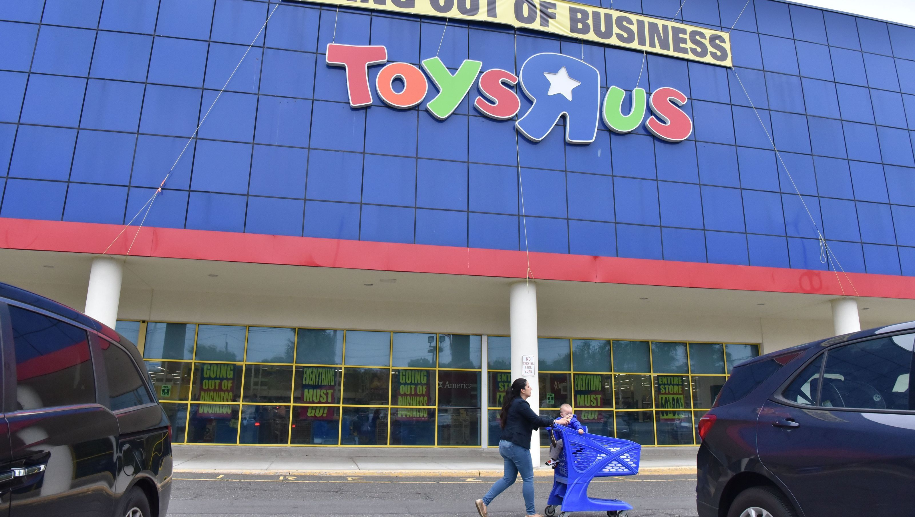 Report Toys R Us Might Be Staging A Comeback After Canceling