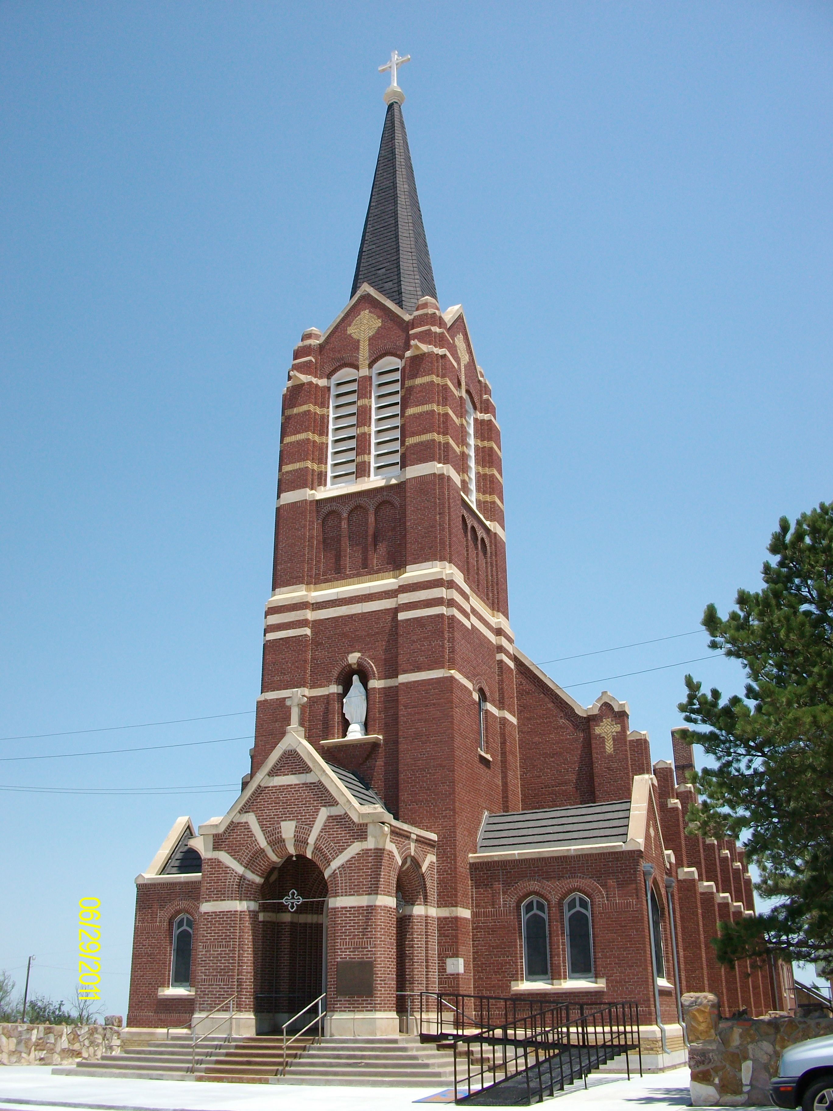 There is a Church out in the middle of the country that is so awesome to visit, the Immaculate Heart of Mary, It is found in Windthorst Kansas. The history behind how the church is built is interesting. The dedication of the church was June 12 1913. the church was closed as an active parish in 1997.