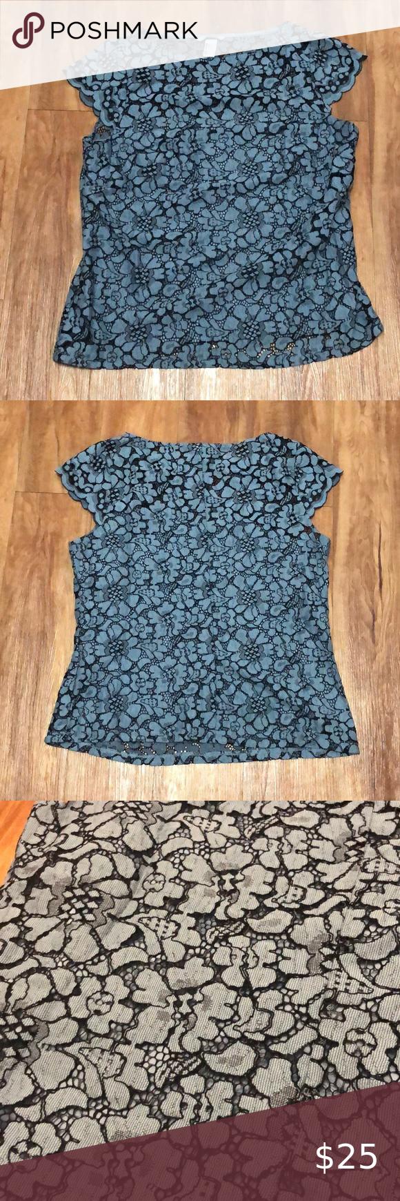 H M Blue Floral Lace Top Size Large In 2020 Floral Lace Tops Clothes Design Fashion