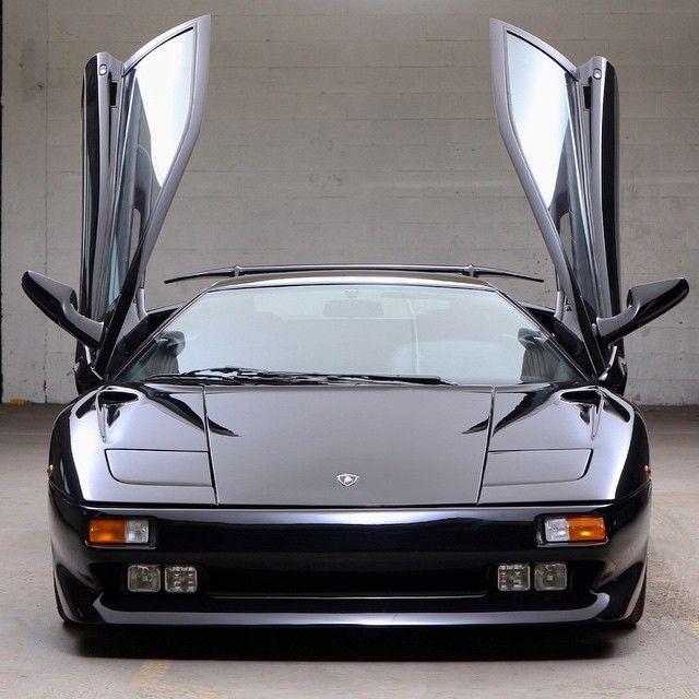 The replacement for the Countach, the Lamborghini Diablo had tough on lamborgini diablo, 1991 lamborghini countach, 1991 lamborghini lm002, 1991 lamborghini murcielago, 1991 lamborghini trucks, 1991 lamborghini jalpa,