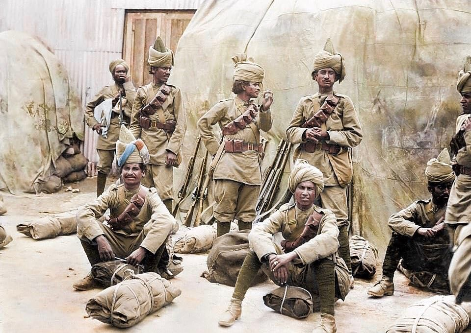 Indian Troops Serving The British Empire On The Western Front The Indian Army During World War I Contributed A Large Num World War I World War One Indian Army