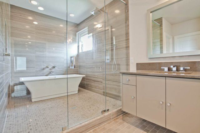 Modern Bath Slab Walls In Shower Tub Enclosure