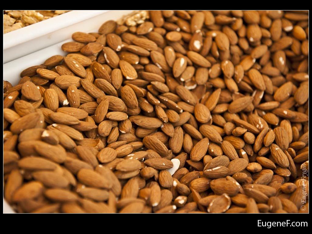 Almonds #Food #freewallpapers