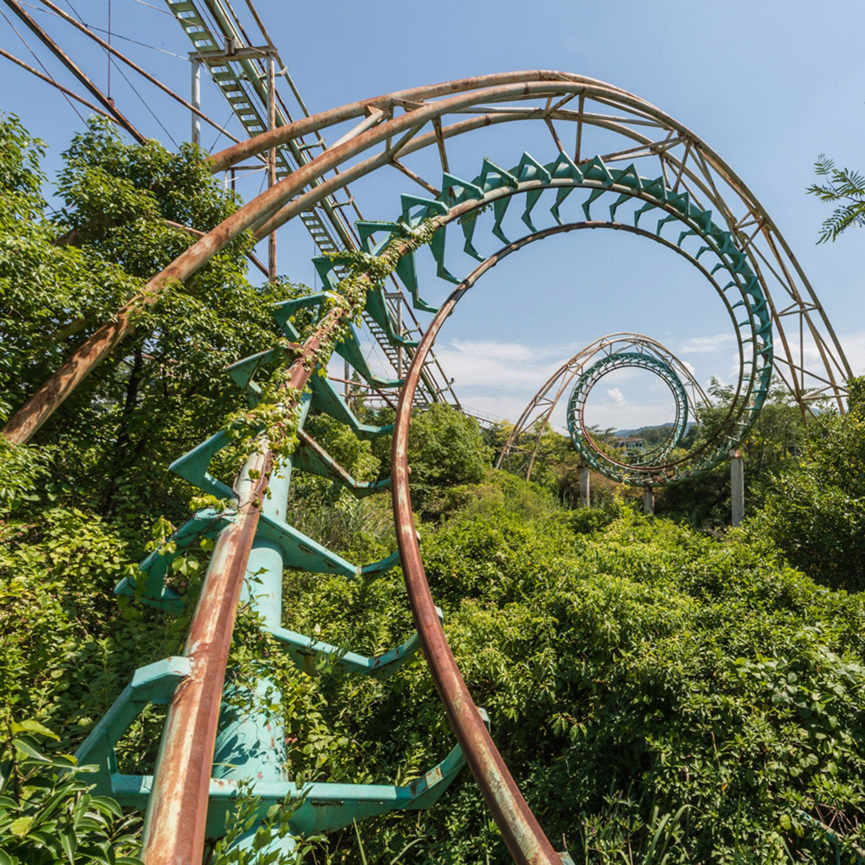 The abandoned and overgrown landscape of Nara Dreamland, a theme park closed for over a decade, are revealed in these images by photographer Romain Veillon