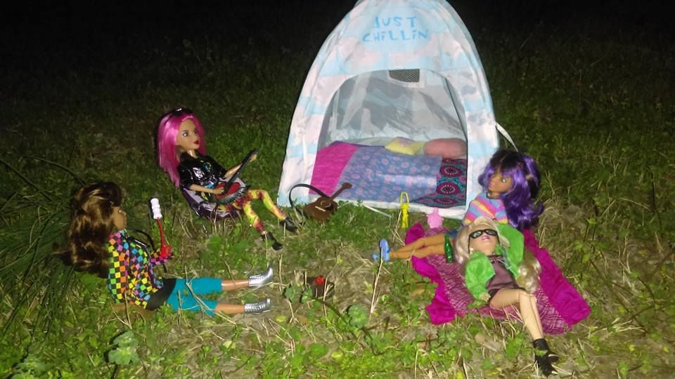 LIV camping 3 by autumnrose83 on DeviantArt