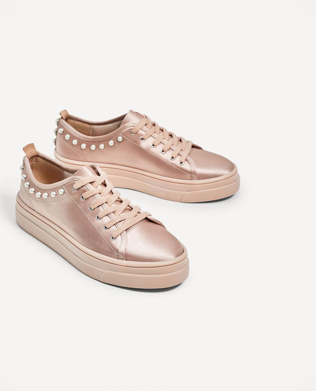 b57bc7c127e ZARA - WOMAN - SATIN SNEAKERS WITH PEARLS Zapatos Bonitos